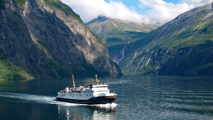автобус на фьорды Норвегии