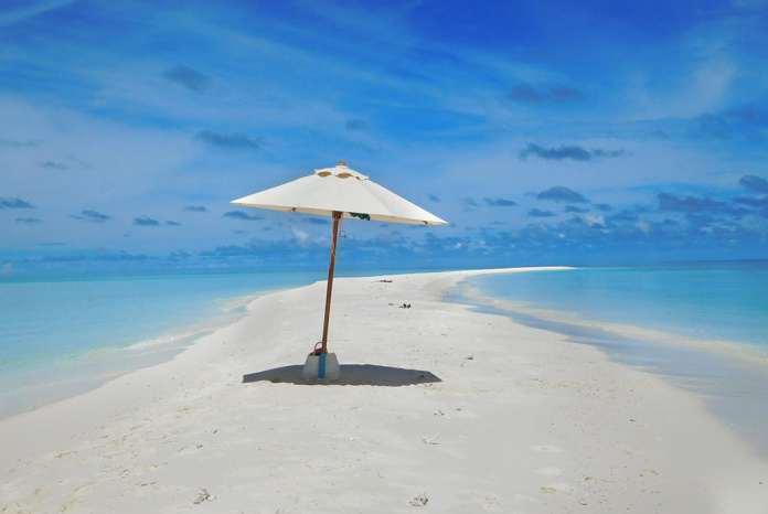 Мальдивы на пляже