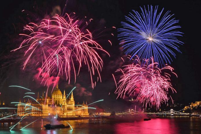 Будапешт новый год, салют
