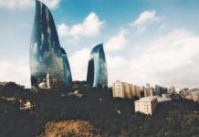 Азербайджан, Баку, Башни