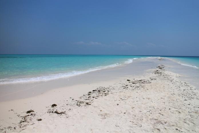 Занзибар пляж