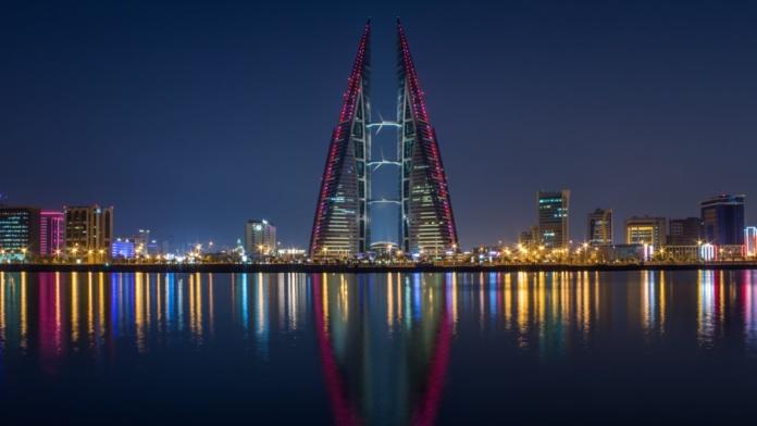 Бахрейн ночью